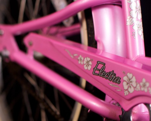 Girls Pink Hawaii Electra Bike