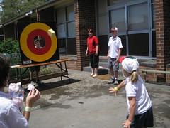 Wet sponge throwing
