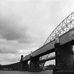 Runcorn bridges (4buttongnome) Tags: runcorn widnes manchestershipcanal