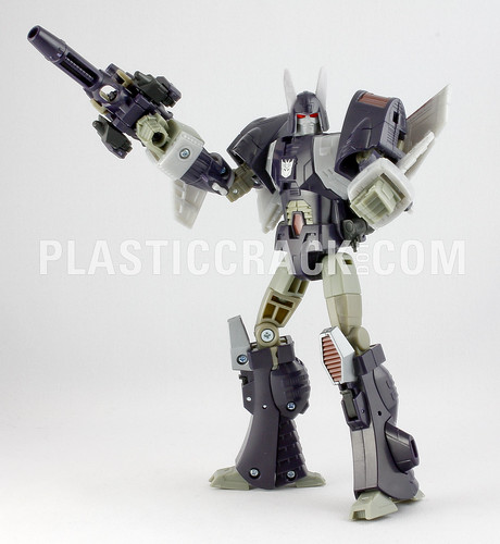 Transformers Universe Cyclonus and Nightstick