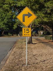 Right Turn 15 M.P.H.