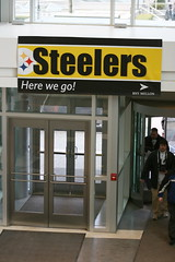 Here we go! (Deepak & Sunitha) Tags: pittsburgh nfl super bowl victory parade title superbowl sixth celebrate 2009 steelers champions grantstreet gosteelers terribletowel herewego steelernation xliii sixburgh slashd