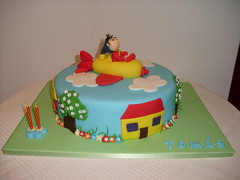 bolos avio do noddy (Isabel Casimiro) Tags: amigos cake bar batizado christening playstation bolos aniversrios bodasdeprata belaadormecida bolosartisticos bolosdecorados bolobatman bolocarro bolopirataecupcakes boloavio bolopirata bolosdeaniversrocakedesign bolosparamenina bolosparamenino