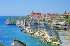 Corse du Sud, Bonifacio 75 la ville sur la falaise (paspog) Tags: france corse corsica bonifacio estremità