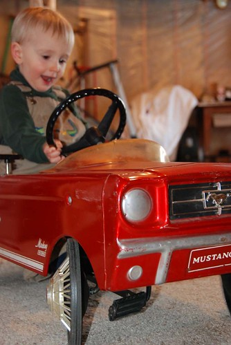 owen cruises in mustang pedal car 2
