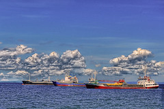 3 boat race (docjabagat) Tags: sea sky clouds race fun boat lucisart aplusphoto