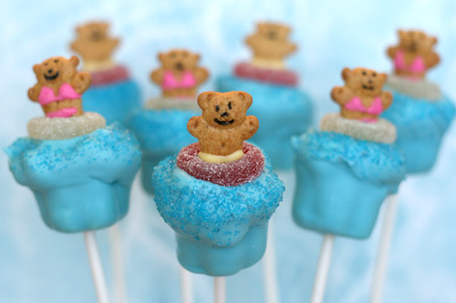 Pool Party Cupcake Pops