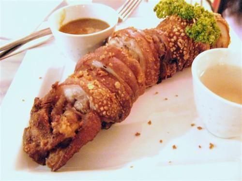 embotido-stuffed crispy pata