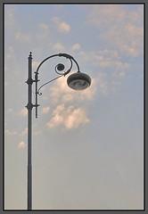 lampione egoista: non d luce ma ne prende. (iana) Tags: lamp contraluz liberty napoli naples napoles controluce lampione abigfave aplusphoto detallessculpturalandaechitecturaltreasures