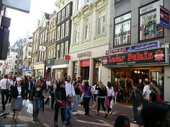 Einkaufen in Kalverstraat