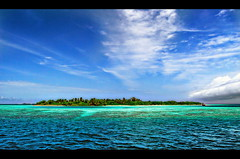 Desert Island (Edgar Barany) Tags: ocean sea fish male beach water beautiful asian island islands nikon paradise image indian muslim indianocean resort edgar maldives vacations maledives atoll astounding dhivehi kuredu artcafe maldivas maale lhaviyaniatoll maldiveislands atolls komandoo nikond200 maledive barany oceanshore republicofmaldives anawesomeshot colorphotoaward aplusphoto naifaru favemegroup4 kurendhoo kureduresort rubyphotographer skyascanvas kanuhuraa worldglobalaward globalworldawards panoramafotogrfico edgarbarany suvadivearchiplagoes atollsofthemaldives faadhippolhuatoll kuredhu artcafedomidoexhibitionscomein