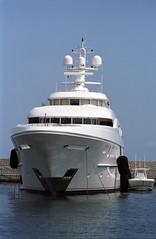 The Big Yacht Again (b-52) Tags: italy ships kodakportra160vc 135mm portra160vc olympusom zuiko13528