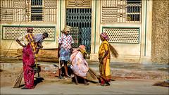 Madurai sweeping squad • Madurai (Henk oochappan) Tags: street travel woman india canon eos women asia 2006 madurai tamil tamilnadu southindia dravidian indianwomen canoneos5d oochappan indianphotography indianlady img3886 tamilwoman tamillifeculture tamilwomen maduraicitylife