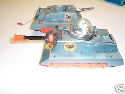 hamiltioninvaders_tanks.JPG