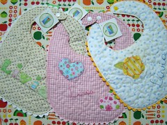 Babadores  |  Bibs (Carina Esteves) Tags: baby handmade bib carina feitomo craft sew fabric beb tecido babador esteves carinaesteves