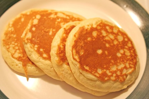 Dairy and Egg Free Allergy-Friendly Pancake Recipe momspark.net