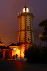 Light and house (F H Mira) Tags: lighthouse portugal night sintra farol cascais guia ilustrarportugal sérieouro