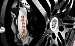 Porsche_997_race_wheel_1920x1200