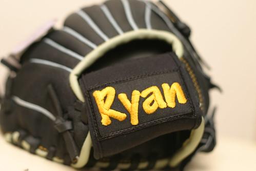 你拍攝的 生日:Ryan的第一個棒球手套 2。