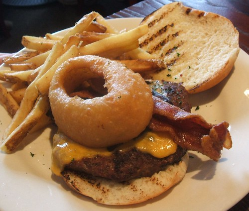 Onion ring burger