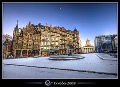 Old England in Winter @ Brussels, Belgium :: HDR (Erroba) Tags: blue winter brussels sky moon snow photoshop canon rebel belgium belgique tripod belgi bruxelles sigma magritte tips remote 1020mm erlend brussel hdr horta oldengland cs3 placeroyale kunstberg hofberg 3xp coudenberg photomatix instrumentenmuseum tonemapped tonemapping xti 400d erroba robaye erlendrobaye