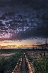 autopista hacia el cielo (SanchezCastillejo) Tags: sky atardecer sony sigma paisaje murcia cielo nubes 1020 cao fuga alhama a700
