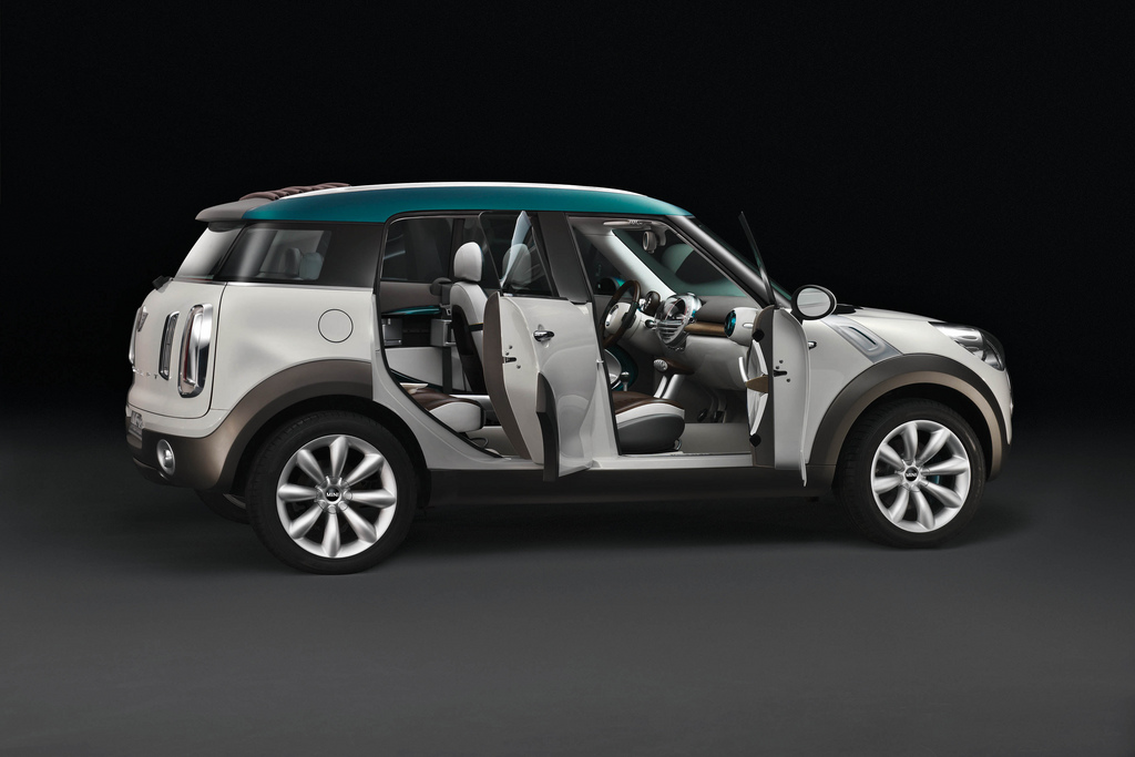 Mini Countryman Update Five Seats Four Doors Motoringfile
