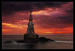 Ahtopol beacon (Evgeni Dinev) Tags: lighthouse seascape sunrise bulgaria beacon blacksea    gnd  singhray  ahtopol