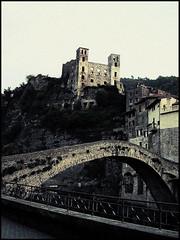 Dolceacqua (Abelio) Tags: bridge castle ponte castello dolceacqua ligura platinumbestshot