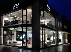 Area Domus New Showroom | Thessaloniki (Area Domus) Tags: window design furniture area domus kartell moroso arper τραπεζι epipla επιπλα ξυλο βιτρινα γραφειο epiplo καναπεσ areadomus λακα φωτιστικο ντιζαιν