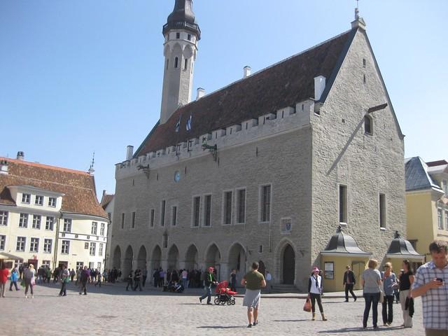 110521-Tallinn-Old-Town-03