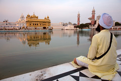 Sikh Golden Temple, Amritsar (damonlynch) Tags: india water prayer religion devotion sikh punjab amritsar sikhism goldentemple contemplation holysite