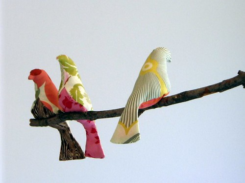 Free pattern: Bird pincushion or sachet · Sewing | CraftGossip.com