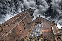 De Sint-Janskerk (Philipp Klinger Photography) Tags: blue red sky holland brick tower church window netherlands glass clouds de bravo philipp hdr gouda klinger tonemapping sintjanskerk aplusphoto dcdead vision100