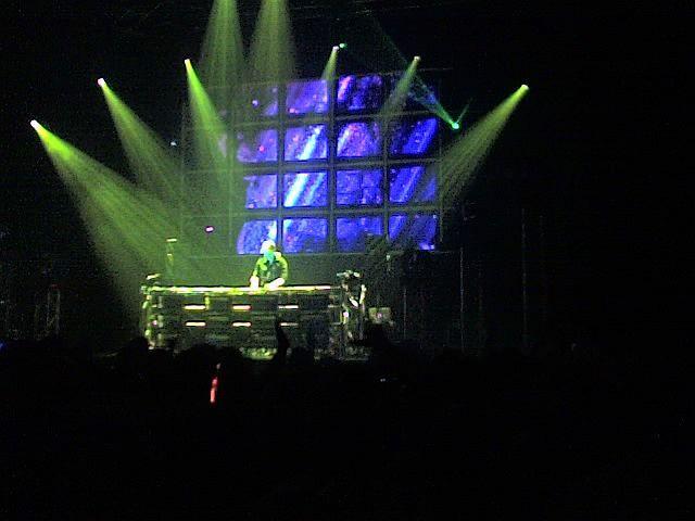 Armin Van Burren @ decks