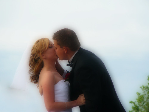 orton kiss