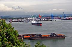 Commencement Bay Tacoma Washington (Tomsimages.com) Tags: bay washington ship pacific northwest rainier pacificnorthwest tacoma commencement puget buoyant experiencewa