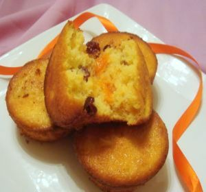 apricot-ginger-muffins