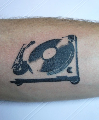 DJ EvadE's turntable tattooThe only turntable where no scratching is
