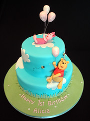 Winnie the Pooh 1st Birthday Cake (Crafty Confections) Tags: birthday ireland cake balloons 1st cork bees pooh winniethepooh piglet winnie midleton craftyconfections