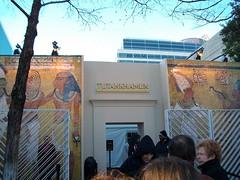 Outside Tutankhamun (nowhere_near_kansas08) Tags: dallasmuseumofart egypt mummies tutankhamun archeaology