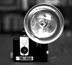 Brownie Hawkeye - Black & White (victoria.anne) Tags: camera beauty blackwhite flash oldschool collection brownie hawkeye 50mmf18 cameralove iaminlovewiththiscamera hesaidwhenhefoundititstillhadfilminit itsalittlescuffedupinthefrontbutiloveit