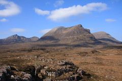 Three Corbetts. (Gordie Broon.) Tags: mountains nature clouds landscape geotagged photography scotland scenery rocks alba scenic escocia sutherland schottland ecosse assynt scottishhighlands quinag corbetts westernhighlands canoneos40d sailghorm sailgharbh spideancoinich gordiebroon