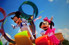 Celebrate Mickey and Minnie! (Samantha Decker) Tags: photoshop canon mouse eos rebel orlando minne florida mickey parade adobe fl wdw dslr waltdisneyworld celebrate postprocess cs4 550d canonefs1755mmf28isusm t2i digitalsinglelensreflex samanthadecker wdwfolio