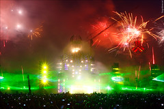 Lights, fireworks & lasers at mainstage final hour (Rudgr.com) Tags: pictures show camping wallpaper house one fireworks pics hard mc hardcore lasers laser defcon wallpapers lasershow prophet dv8 wallaper theprophet 2011 defqon biddinghuizen hardhouse wallapers qdance technoboy harstyle frontliner defqon1 zatox headhunterz wildstylez mcdv8 kutski bfront noiscontrollers dq11