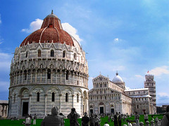 Piazza dei Miracoli (James Cassidy) Tags: italy tower church field architecture italia torre arte cathedral pisa campo piazza duomo middle miracles battistero leaning ages architettura dei miracoli costruzioni pendente isawyoufirst