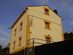 fachada en ortiguera