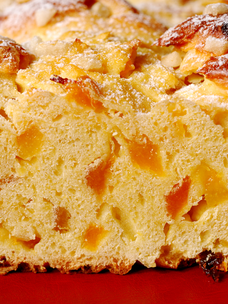 apricot brioche breakfast plait