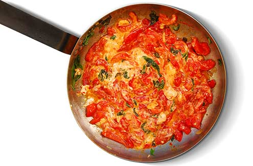 Goat's Cheese, Roasted Pepper & Basil Pasta
