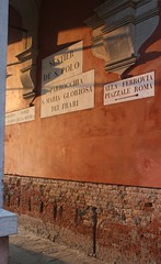 rosso (:e:) Tags: venice light sunset red orange tramonto bricks e rosso venezia arancio luce mattoni intonaco blueribbonwinner sanpolo venessia chicc liceradente
